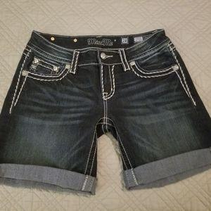 Miss me shorts sz 28